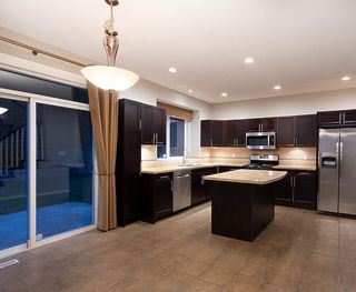 """Photo 4: 147 MAPLE Drive in Port Moody: Heritage Woods PM House for sale in """"EVERGREEN HEIGHTS"""" : MLS®# R2473415"""