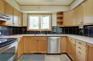 Photo 8: 22 ARMSTRONG Crescent SE in Calgary: Acadia Detached for sale : MLS®# A1015529