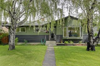 Photo 1: 22 ARMSTRONG Crescent SE in Calgary: Acadia Detached for sale : MLS®# A1015529