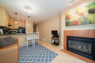 "Photo 6: 305 819 HAMILTON Street in Vancouver: Downtown VW Condo for sale in ""Eight.One.Nine"" (Vancouver West)  : MLS®# R2506322"
