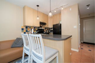 """Photo 7: 305 819 HAMILTON Street in Vancouver: Downtown VW Condo for sale in """"Eight.One.Nine"""" (Vancouver West)  : MLS®# R2506322"""