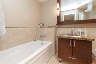 Photo 17: 214 1400 Lynburne St in : La Bear Mountain Condo for sale (Langford)  : MLS®# 858393