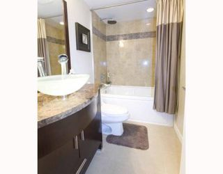 """Photo 7: 703 1405 W 12TH Avenue in Vancouver: Fairview VW Condo for sale in """"THE WARRANTAN"""" (Vancouver West)  : MLS®# V788890"""