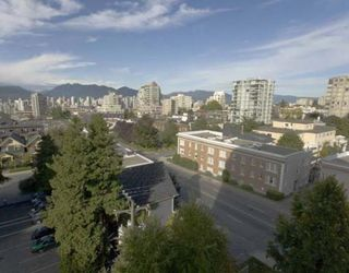 """Photo 8: 703 1405 W 12TH Avenue in Vancouver: Fairview VW Condo for sale in """"THE WARRANTAN"""" (Vancouver West)  : MLS®# V788890"""