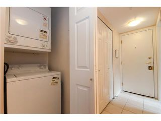 """Photo 7: 301 688 E 16TH Avenue in Vancouver: Fraser VE Condo for sale in """"VINTAGE EAST SIDE"""" (Vancouver East)  : MLS®# V834887"""