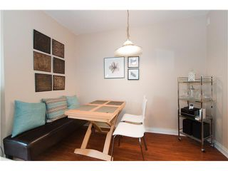 """Photo 4: 301 688 E 16TH Avenue in Vancouver: Fraser VE Condo for sale in """"VINTAGE EAST SIDE"""" (Vancouver East)  : MLS®# V834887"""