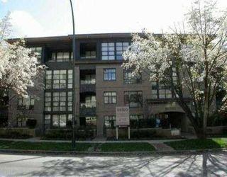 Main Photo: 303 2226 W 12 AV in Vancouver: Kitsilano Condo for sale (Vancouver West)  : MLS®# V529875