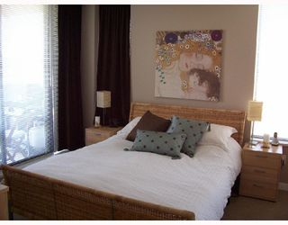"""Photo 6: 904 4178 DAWSON Street in Burnaby: Brentwood Park Condo for sale in """"TANDEM"""" (Burnaby North)  : MLS®# V720086"""