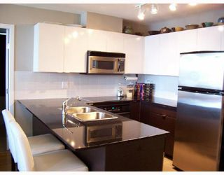 """Photo 4: 904 4178 DAWSON Street in Burnaby: Brentwood Park Condo for sale in """"TANDEM"""" (Burnaby North)  : MLS®# V720086"""