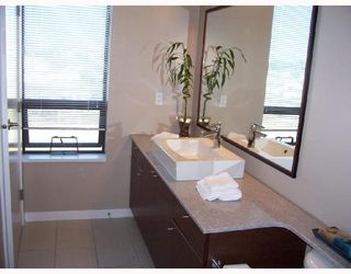 """Photo 7: 904 4178 DAWSON Street in Burnaby: Brentwood Park Condo for sale in """"TANDEM"""" (Burnaby North)  : MLS®# V720086"""