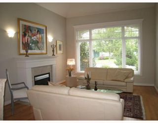 "Photo 4: 6111 PEARKES Drive in Richmond: Terra Nova House for sale in ""TERRA NOVA"" : MLS®# V726481"