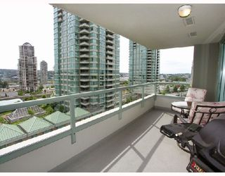 "Photo 9: # 802 -  4380 Halifax Street in Burnaby: Brentwood Park Condo for sale in ""BUCHANAN NORTH"" (Burnaby North)  : MLS®# V729671"