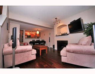 """Photo 2: 9 2375 W BROADWAY BB in Vancouver: Kitsilano Townhouse for sale in """"TALIESEN"""" (Vancouver West)  : MLS®# V755443"""