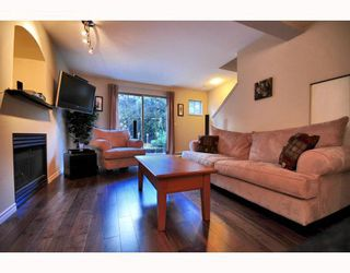 """Photo 1: 9 2375 W BROADWAY BB in Vancouver: Kitsilano Townhouse for sale in """"TALIESEN"""" (Vancouver West)  : MLS®# V755443"""