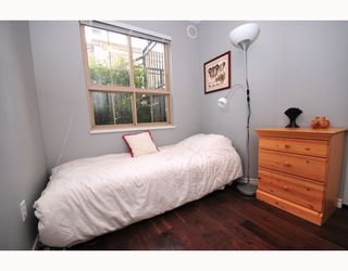 """Photo 6: 9 2375 W BROADWAY BB in Vancouver: Kitsilano Townhouse for sale in """"TALIESEN"""" (Vancouver West)  : MLS®# V755443"""