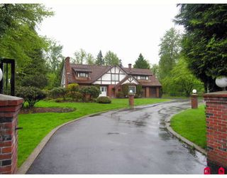 "Photo 1: 23050 76A Avenue in Langley: Fort Langley House for sale in ""FOREST KNOLLS"" : MLS®# F2909694"