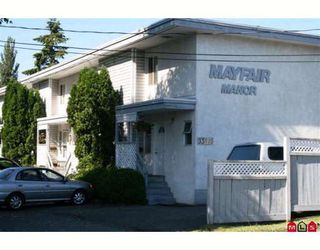 "Photo 1: 6 33915 MAYFAIR Avenue in Abbotsford: Central Abbotsford Townhouse for sale in ""Mayfair Manor"" : MLS®# F2915021"