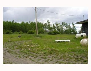"""Photo 6: 9840 AIRPORT Road in Fort_St._James: Fort St. James - Rural House for sale in """"AIRPORT ROAD"""" (Fort St. James (Zone 57))  : MLS®# N194046"""