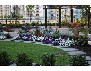 "Photo 10: 602 6888 ALDERBRIDGE Way in Richmond: Brighouse Condo for sale in ""FLO"" : MLS®# V779583"