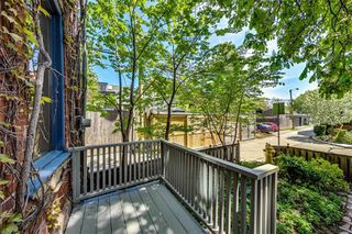 Photo 2: 28 Blong Avenue in Toronto: South Riverdale House (2 1/2 Storey) for sale (Toronto E01)  : MLS®# E4770633