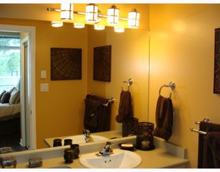 "Photo 9: 402 2628 YEW Street in Vancouver: Kitsilano Condo for sale in ""CONNAUGHT PLACE"" (Vancouver West)  : MLS®# V784003"