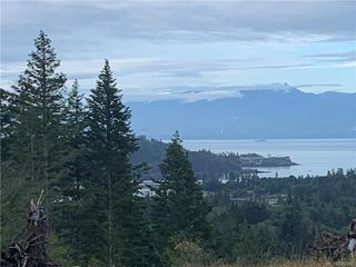 Photo 3: A 2207 Mountain Heights Dr in Sooke: Sk Broomhill Half Duplex for sale : MLS®# 842146