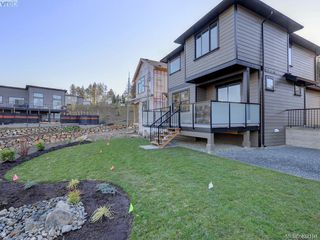 Photo 15: A 2207 Mountain Heights Dr in Sooke: Sk Broomhill Half Duplex for sale : MLS®# 842146