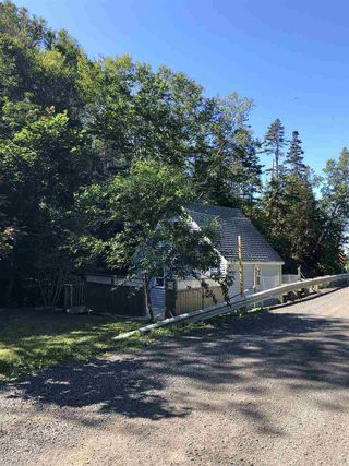 Photo 1: 1483 Hamilton Road in Harbourville: 404-Kings County Residential for sale (Annapolis Valley)  : MLS®# 202017530