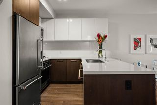 """Photo 6: 408 384 E 1ST Avenue in Vancouver: Strathcona Condo for sale in """"CANVAS"""" (Vancouver East)  : MLS®# R2519419"""