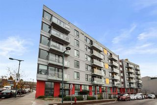 """Photo 3: 408 384 E 1ST Avenue in Vancouver: Strathcona Condo for sale in """"CANVAS"""" (Vancouver East)  : MLS®# R2519419"""