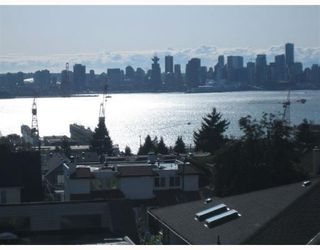 "Photo 1: 4 257 E 6TH Street in North Vancouver: Lower Lonsdale Townhouse for sale in ""LE MIRAGE"" : MLS®# V791587"