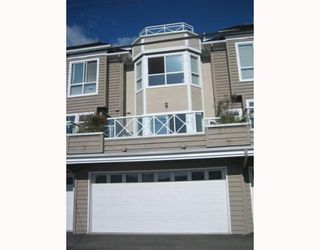 """Photo 3: 4 257 E 6TH Street in North Vancouver: Lower Lonsdale Townhouse for sale in """"LE MIRAGE"""" : MLS®# V791587"""