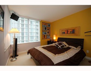 """Photo 6: 1701 1495 RICHARDS Street in Vancouver: False Creek North Condo for sale in """"AZURA 2"""" (Vancouver West)  : MLS®# V806188"""