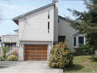 "Photo 1: 5463 KENSINGTON Road in Sechelt: Sechelt District House for sale in ""WEST SECHELT"" (Sunshine Coast)  : MLS®# V821774"