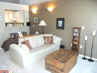 "Photo 3: 402 14399 103RD Avenue in Surrey: Whalley Condo for sale in ""CLARIDGE COURT"" (North Surrey)  : MLS®# F1019821"