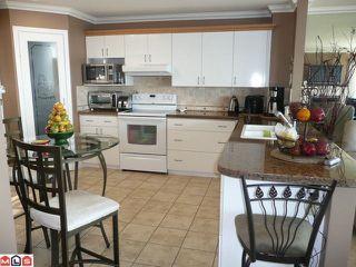 Photo 9: 15074 ROYAL Avenue: White Rock House for sale (South Surrey White Rock)  : MLS®# F1021776