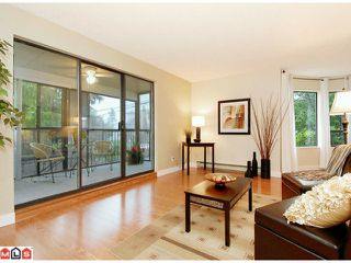 """Photo 2: 101 1458 BLACKWOOD Street: White Rock Condo for sale in """"Champlain Manor"""" (South Surrey White Rock)  : MLS®# F1022720"""