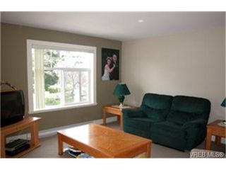 Photo 3:  in VICTORIA: La Langford Proper Row/Townhouse for sale (Langford)  : MLS®# 468807