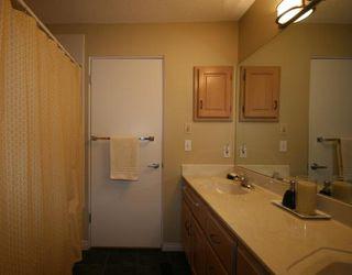 Photo 9: 448 WILLINGDON Boulevard SE in CALGARY: Willow Park Estates Residential Detached Single Family for sale (Calgary)  : MLS®# C3364830