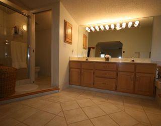 Photo 12: 448 WILLINGDON Boulevard SE in CALGARY: Willow Park Estates Residential Detached Single Family for sale (Calgary)  : MLS®# C3364830