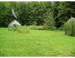 "Photo 6: 2412 1ST Avenue in Lakelse_Lake: Lakelse Lake House for sale in ""LAKELSE LAKE"" (Terrace (Zone 88))  : MLS®# N190145"
