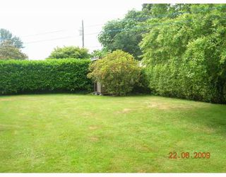 """Photo 10: 1269 DOGWOOD Crescent in North_Vancouver: Norgate House for sale in """"NORGATE"""" (North Vancouver)  : MLS®# V773935"""