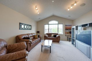 Photo 13: 1617 LACOMBE Court in Edmonton: Zone 14 House for sale : MLS®# E4168982