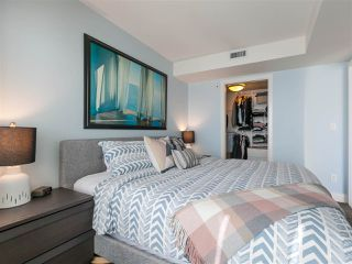 """Photo 14: 330 2008 PINE Street in Vancouver: False Creek Condo for sale in """"MANTRA"""" (Vancouver West)  : MLS®# R2412400"""