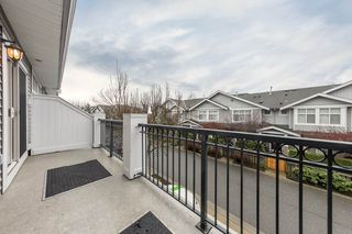 Photo 6: 120 20449 66 Avenue in Langley: Willoughby Heights Townhouse for sale : MLS®# R2424098