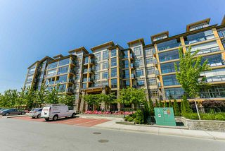 """Photo 2: 514 8067 207 Street in Langley: Willoughby Heights Condo for sale in """"Yorkson Parkside 1"""" : MLS®# R2429767"""