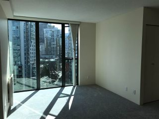 Photo 8: 1801 1331 W GEORGIA Street in Vancouver: Coal Harbour Condo for sale (Vancouver West)  : MLS®# R2466360