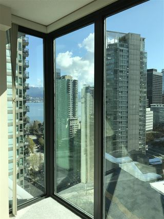 Photo 7: 1801 1331 W GEORGIA Street in Vancouver: Coal Harbour Condo for sale (Vancouver West)  : MLS®# R2466360