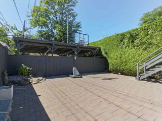 "Photo 23: 2610 W 10TH Avenue in Vancouver: Kitsilano House for sale in ""Kitsilano"" (Vancouver West)  : MLS®# R2471992"