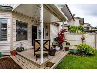 """Photo 34: 4 45640 STOREY Avenue in Chilliwack: Sardis West Vedder Rd Townhouse for sale in """"WHISPERING PINES"""" (Sardis)  : MLS®# R2471903"""